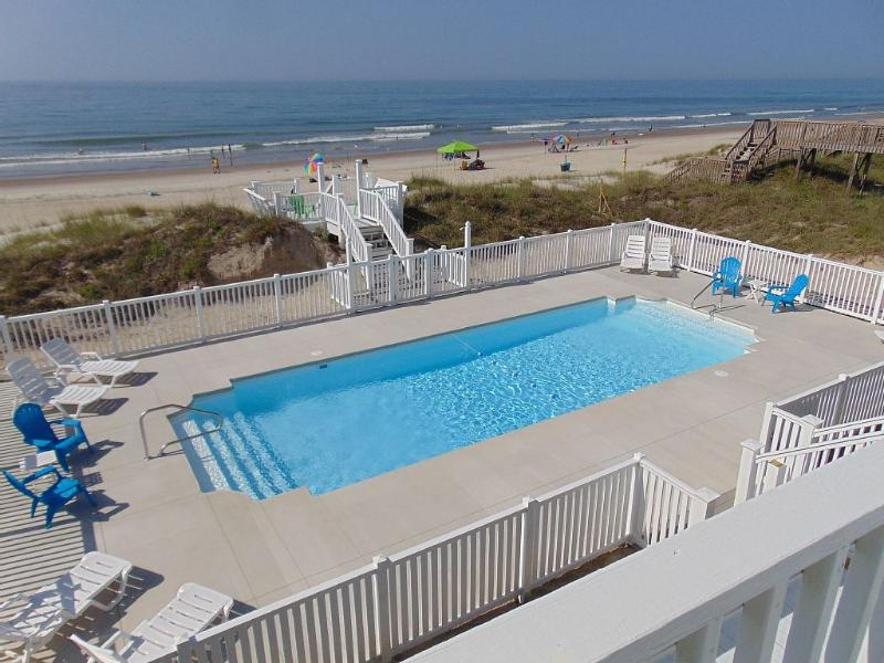 AUGUST 15 ONLY AVAILABLE WK /OCEANFRONT/LARGEST POOL ON EMERALD ISLE, vacation rental in Emerald Isle