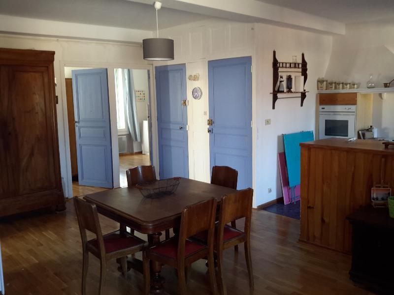 1 avis et 13 photos pour appartement 60 m2 plein centre 100m plage tripadvisor banyuls sur. Black Bedroom Furniture Sets. Home Design Ideas