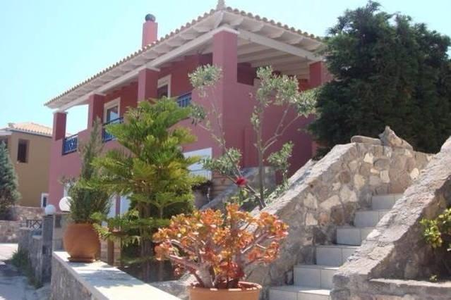 Wonderful Sea View Villa in Perdika, holiday rental in Sfentouri