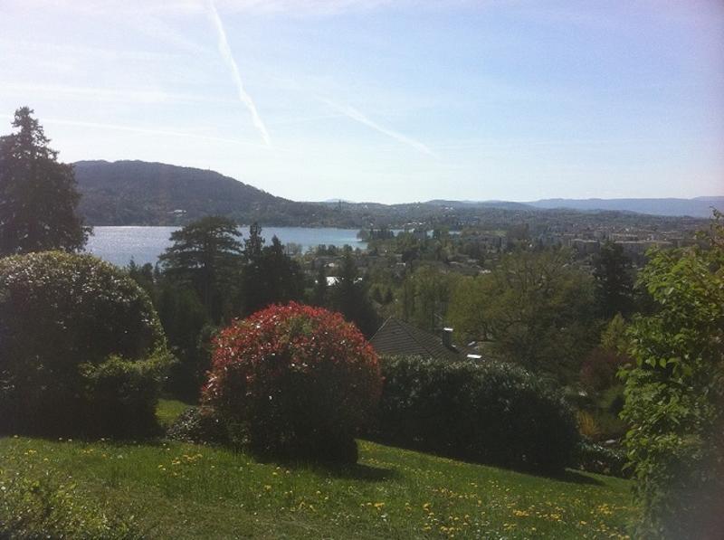 vue sur le lac de la terrasse