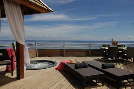 Villa standing moorea, vue mer et bains a remous, holiday rental in Afareaitu