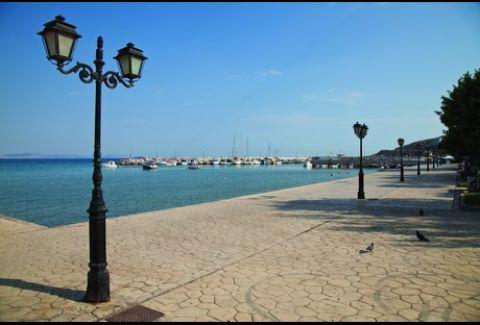 Port Varkiza offered for WALKING