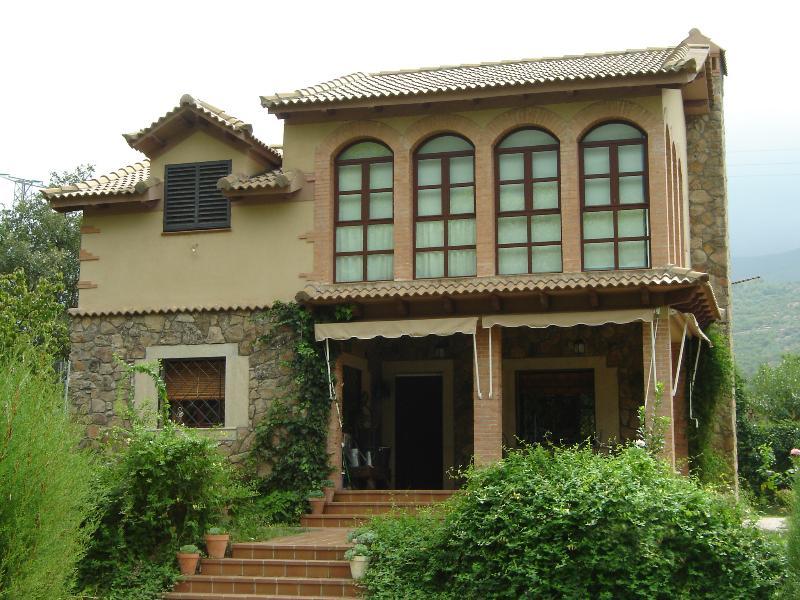 Casa rural en el Valle del Jerte, holiday rental in Cuacos de Yuste