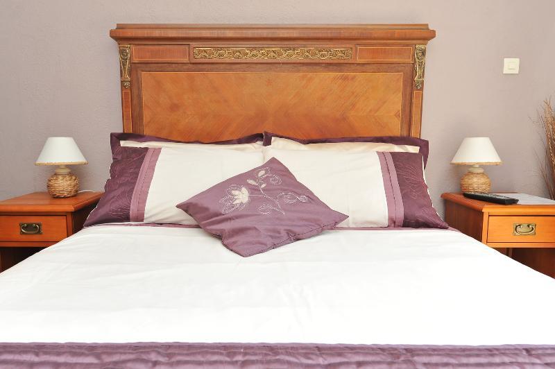 Pugetvilla Bed & Breakfast / Chambre d'Hôtes, location de vacances à Pierrefeu-du-Var