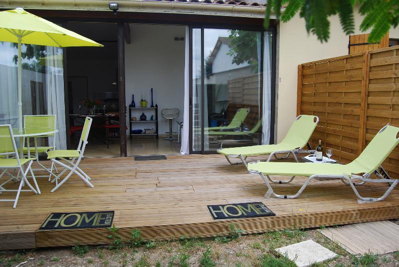 A La Belle Vie à Saint-Emilion appartement mitoyen, casa vacanza a Saint-Hippolyte