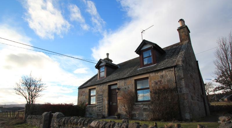 Grouse Cottage, Knockando, Moray, Scotland, vacation rental in Dufftown