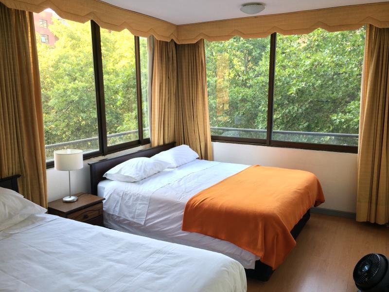 Apartamentos Costanera Centre -Familiar, 2 baños y terraza- (412), holiday rental in Santiago