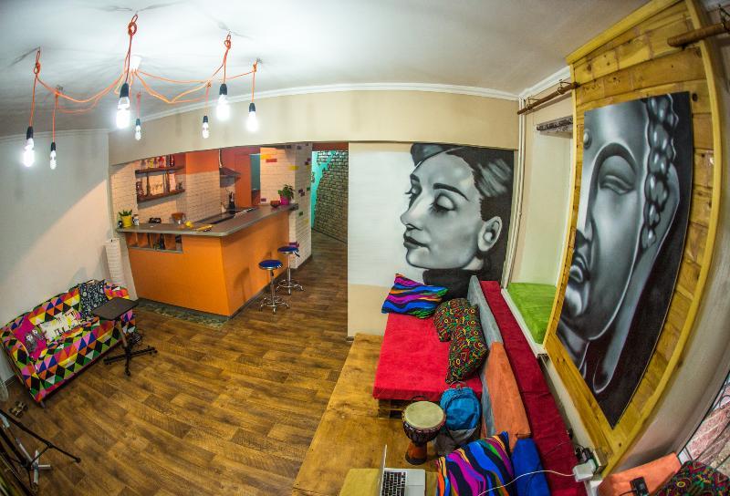Loco Hostel, aluguéis de temporada em Cazaquistão