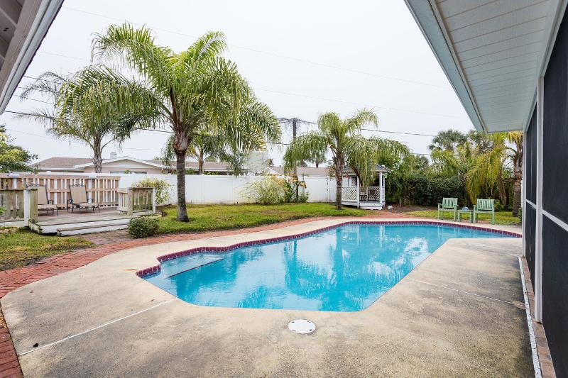 Private Solar heated, Salt Pool and Sun deck, privacy fenced backyard