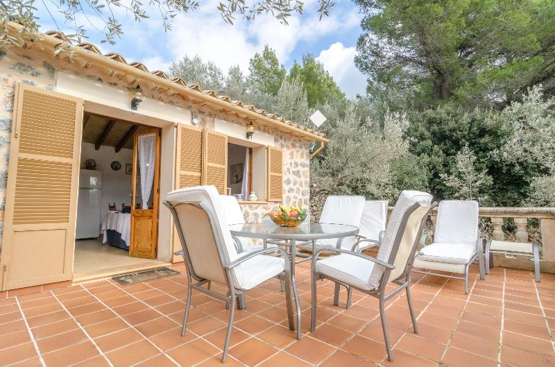 ES COLL D'EN PASTOR - Chalet for 6 people in Fornalutx, vacation rental in Fornalutx