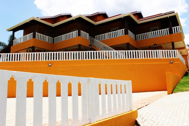 POUSADA E EVENTOS MONTE SINAI (PEMS), location de vacances à Atibaia