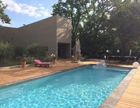 Holiday rental Villas Aix En Provence (Bouches-du-Rhône), 210 m², 3 900 €, vacation rental in Aix-en-Provence