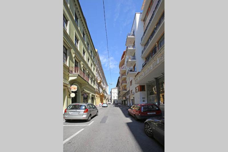 la rue Kaldy Gyula