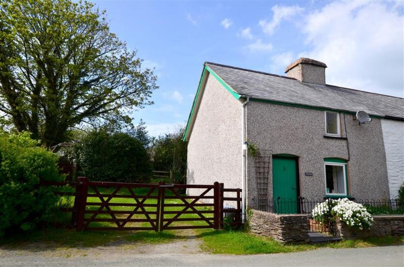 Moelfre Cottage (WAD332), vacation rental in Machynlleth