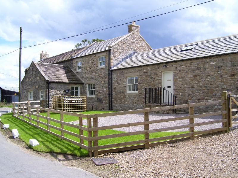 North Cottage luxury self-catering, dog friendly accommodation near Barnard Castle