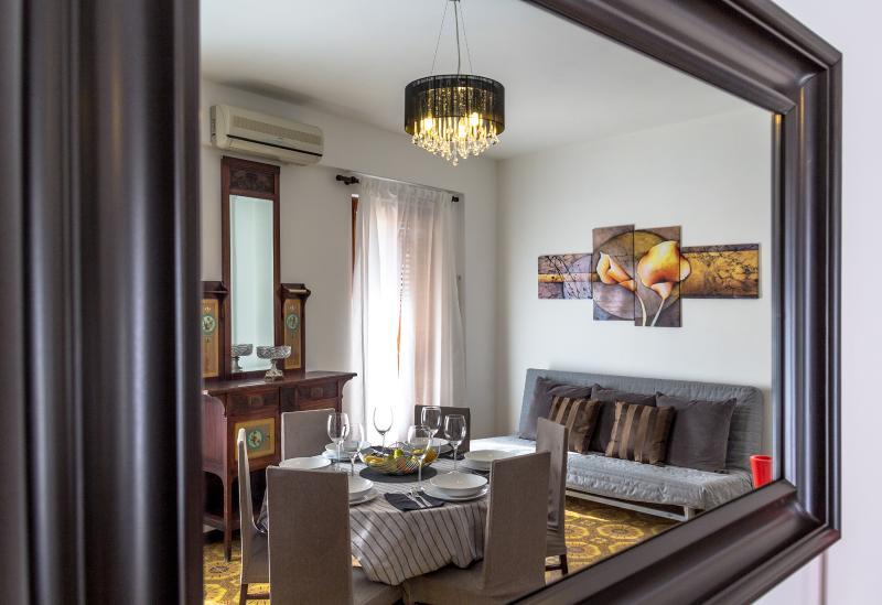 NAXOS HOLIDAY APARTMENT, casa vacanza a Giardini Naxos