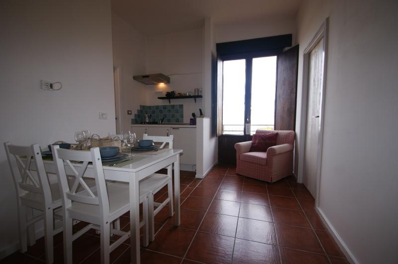 Agriturismo Villa Ti Amo, Appartement 'Gualdo', holiday rental in Sant'Angelo In Pontano