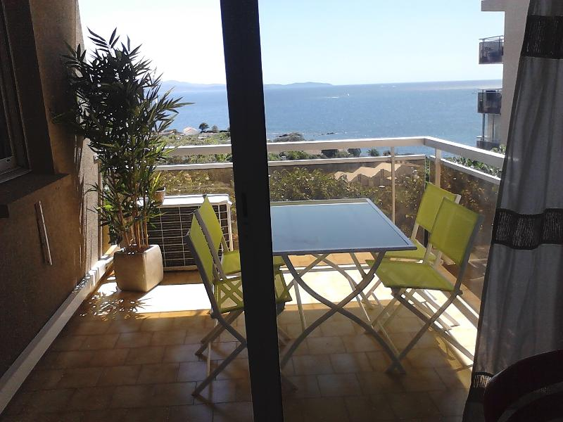 F2 Vue mer à Ajaccio, vacation rental in Ajaccio
