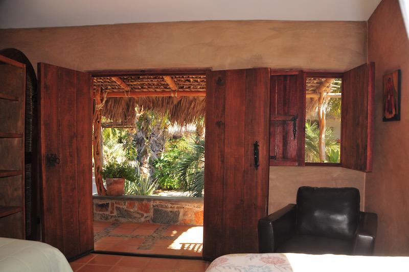 2 beds/ garden view room