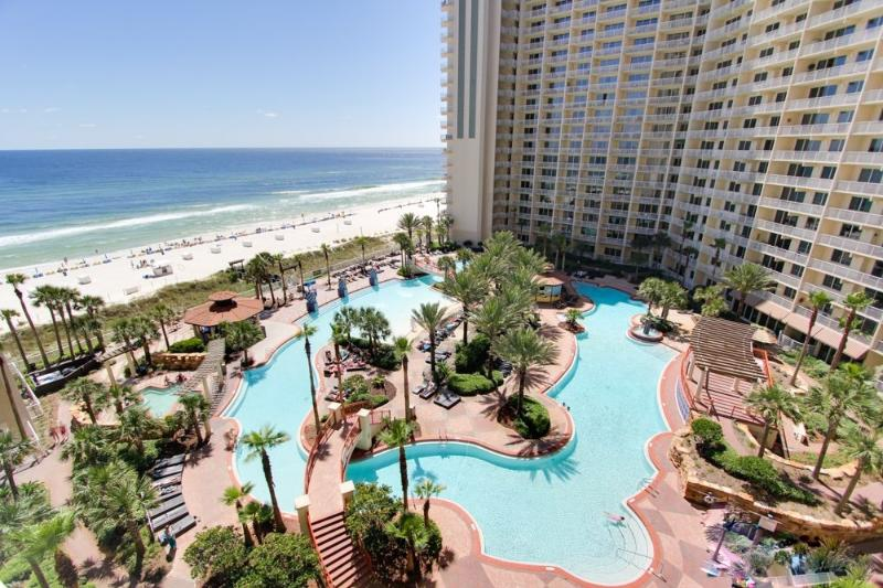 Shores will delight you Sunrise will inspire you, enjoy  2br for 6, bch frnt FUN, holiday rental in Panama City Beach