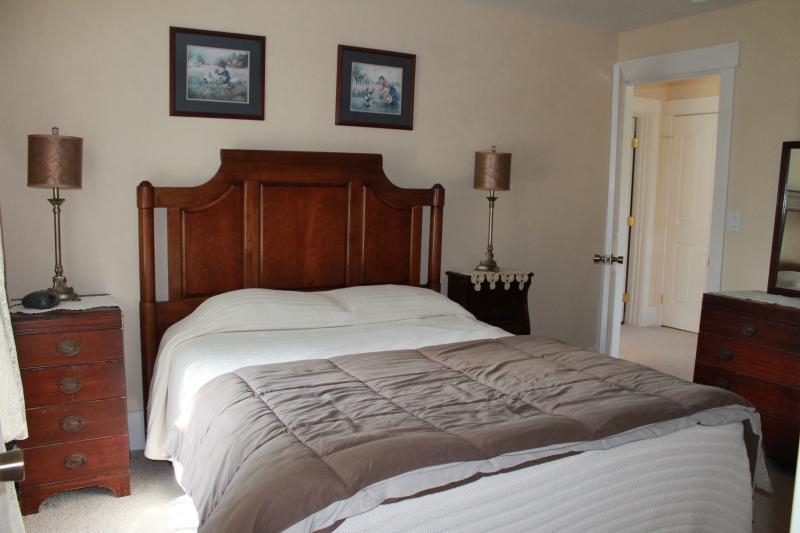 Upstairs Queen Bed #1
