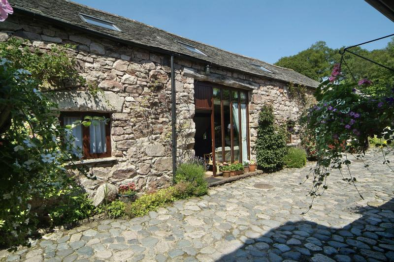 Scafell Cottage Pink Granite exterior