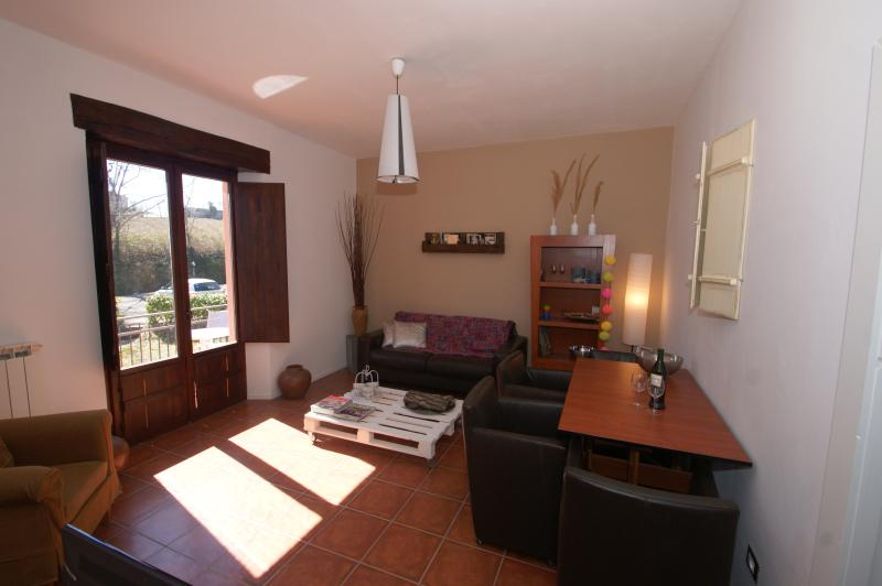 Agriturismo Villa Ti Amo, Appartement 'Ed', holiday rental in Sant'Angelo In Pontano