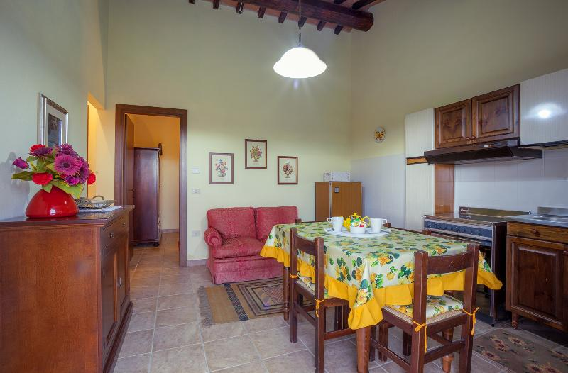 Cantine Il Torrione Apartment Voliera, vacation rental in Grutti