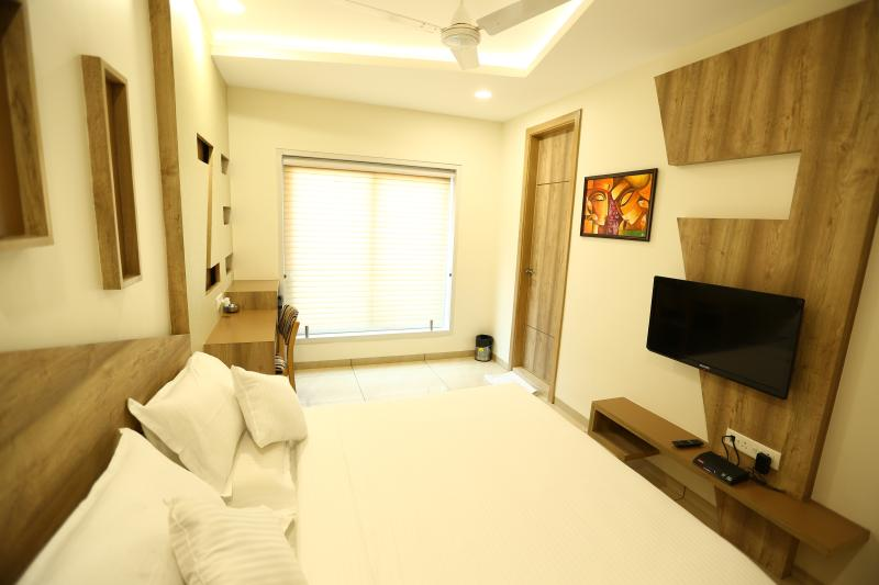 Hotel Daksh Residency, holiday rental in Indore