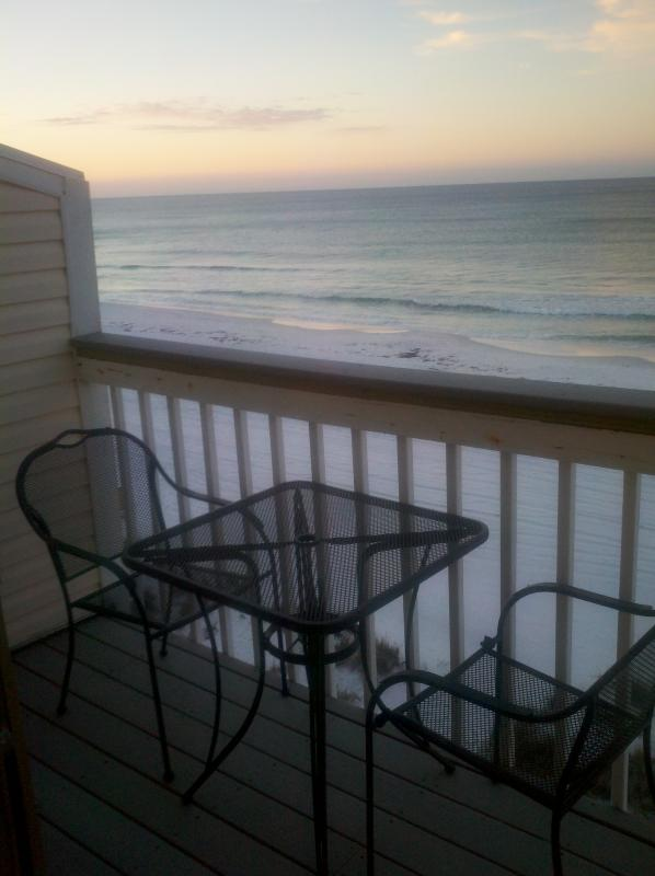 2 Bedroom Suites In Savannah Ga: Sticks In The Sand 2A, Oceanfront 2 Bedroom 2.5 Bath
