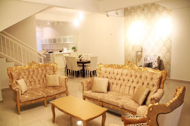 The Bliss Malacca Victorian House, vacation rental in Ayer Keroh
