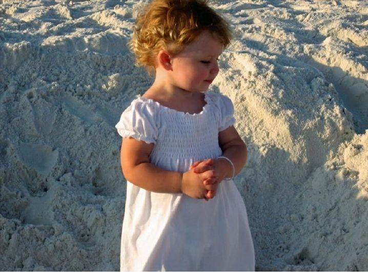 Destin's famous powder-white sands