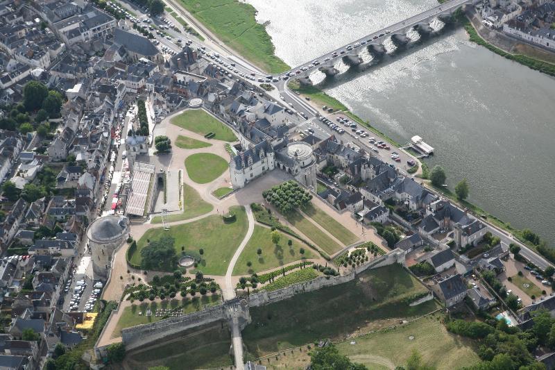 La Porte Bleue est tout en haut de la photo, à droite