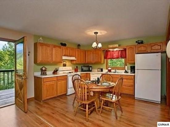 Spacious, clean and fully stocked kitchen. Washer and dryer also
