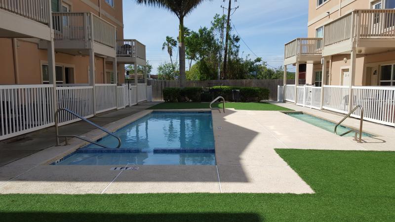 Starside Beach Community:Ling Cottages, location de vacances à Île de South Padre