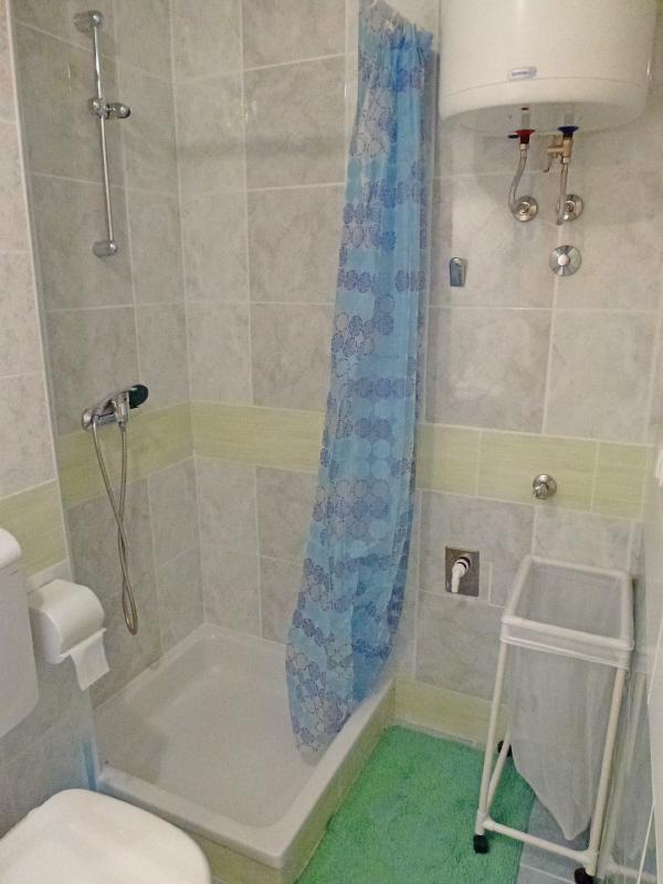 Studio-prizemlje (2): casa de banho com wc