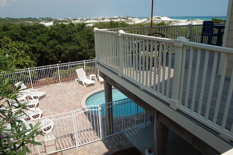 Second Story Balcony Overlooks Pool Area