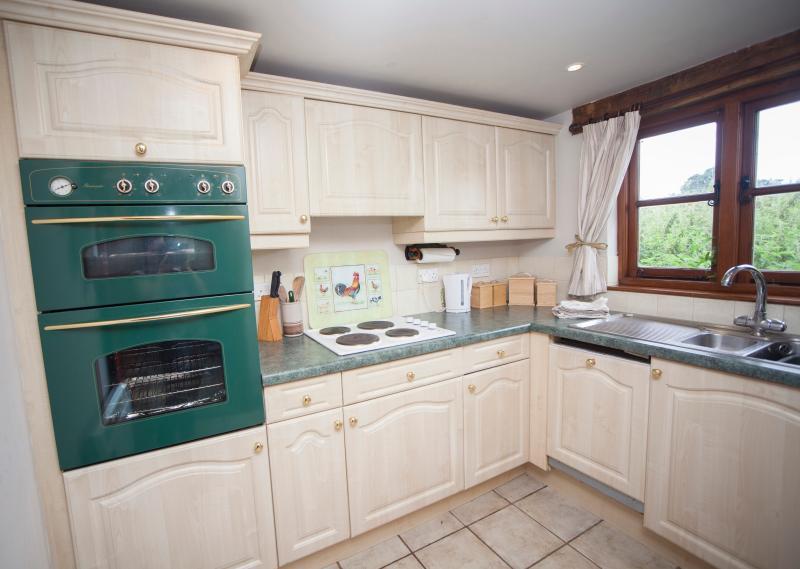 PigWig Cottage - Kitchen
