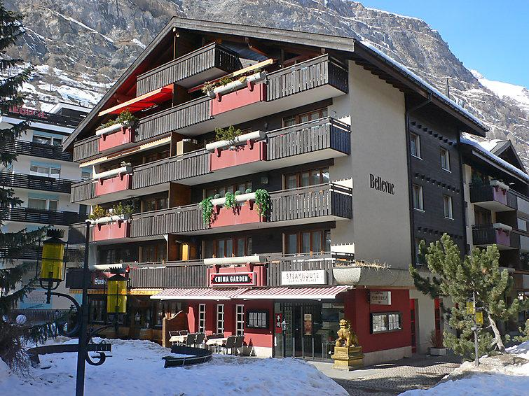 Zermatt Apartment Sleeps 2 with WiFi - 5634541 Chalet in Zermatt