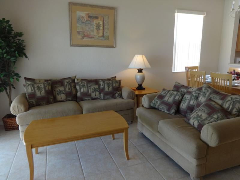 Couch,Furniture,Indoors,Room,Art