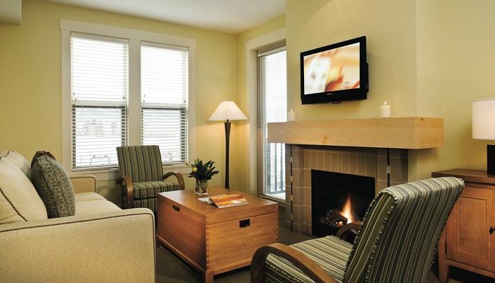 matices neutros y grandes ventanales hacen de este condominio brillante y atractivo