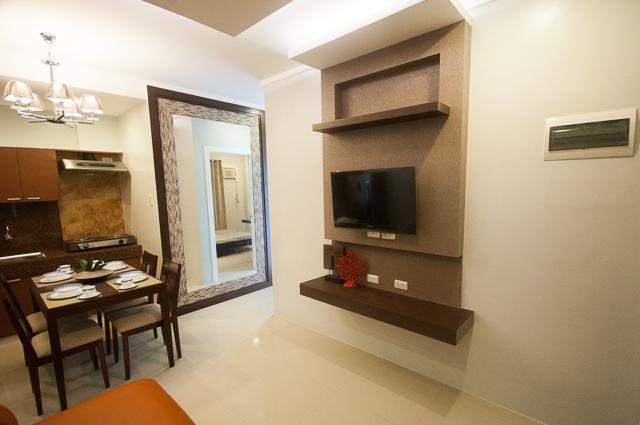 NF Suites 1 bedroom condo/apartel, holiday rental in Toril