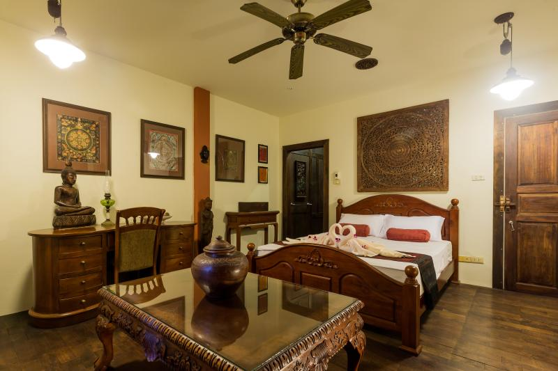 Mintysfolly Unique Boutique House, holiday rental in Nong Thale