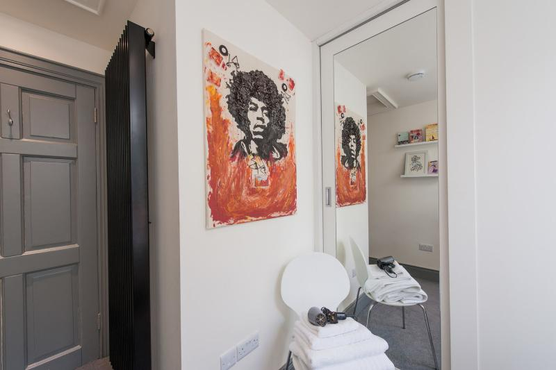Jimmy hendricks on the wall