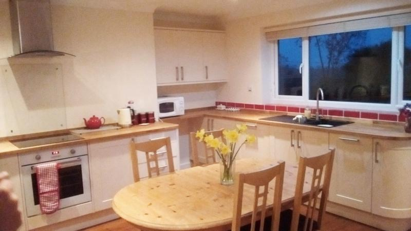 A brand new kitchen has been fitted in 2016