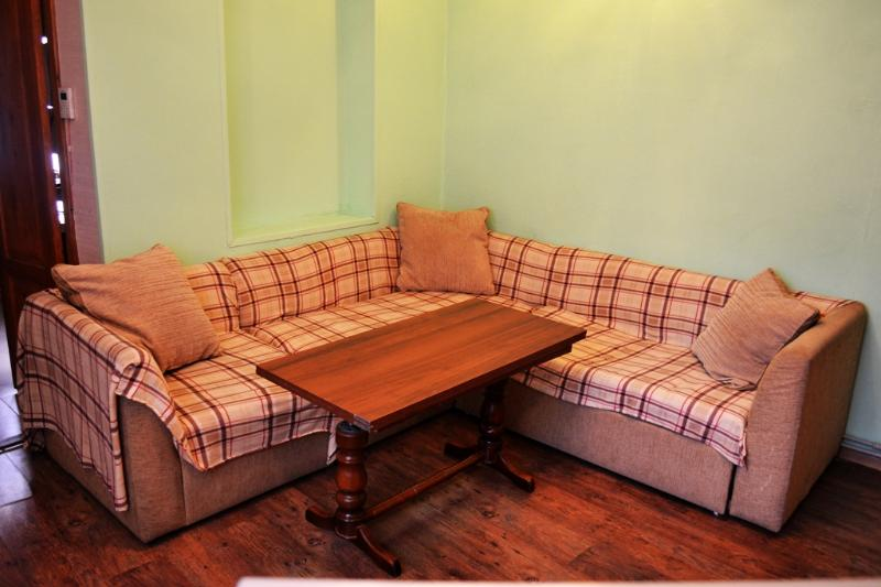Apartment na Teplosernoi, vacation rental in Kislovodsk