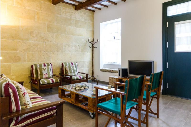 Traditional Minorcan Town House  'Casa Bon Estar', vacation rental in Mercadal
