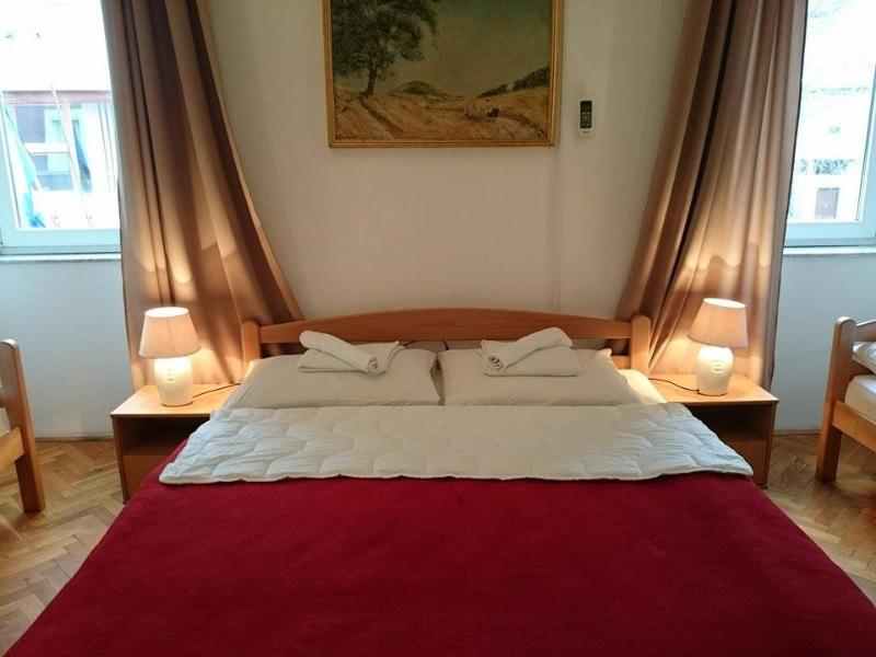 Deluxe Apartment in the heart of Mostar, vacation rental in Jezero