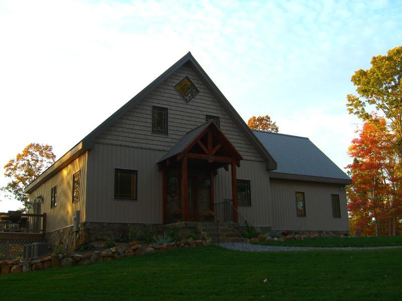 Whitetail Lodge at Sedalia Mahogany On-Suite