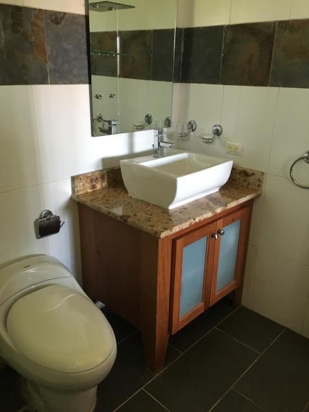 MODERN BATHROOMS IN EACH ROOM